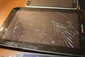 Переклейка стекла iphone 6s